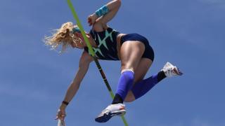 Sandi Morris in the pole vault