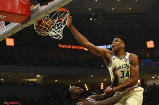 NBA top 10 plays Dec 9