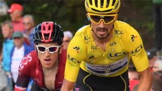 Geraint Thomas (left) and Julian Alaphilippe (right)