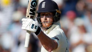 Ben Stokes reaches his 50