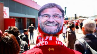 Klopp mask on fan