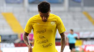 Jadon Sancho unveils a 'Justice for George Floyd' T-shirt