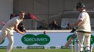 Stuart Broad and Steve Smith