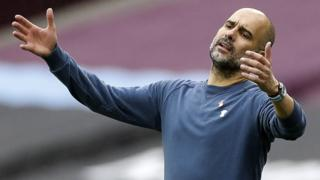 Manchester City boss Pep Guardiola reacts during his side's 1-1 draw at West Ham