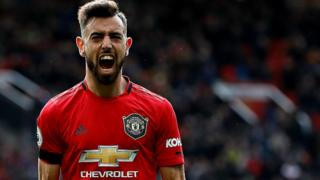 Bruno Fernandes celebrates scoring a penalty for Manchester United