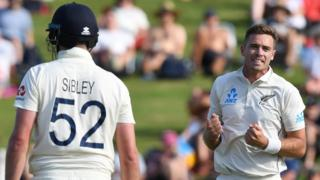 Tim Southee celebrates dismissing Dom Sibley