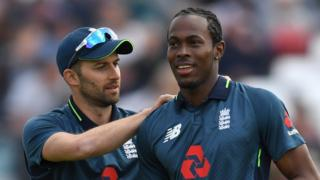 England pace bowlers Mark Wood and Jofra Archer
