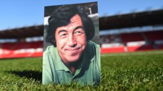 Gordon Banks programme on pitch at Stoke City