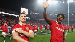 Sam Warburton and Maro Itoje thank the crowd after a Lions Test