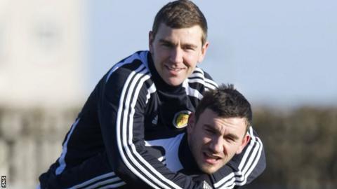 James McArthur and Robert Snodgrass in Scotland training