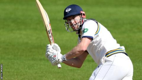 Andy Hodd in action for Yorkshire