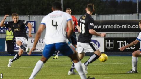 Will Vaulks scores for Falkirk against Kilmarnock