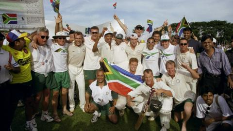 South Africa win Commonwealth gold