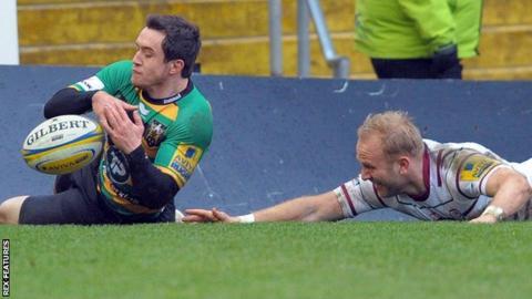 Jamie Elliott scores a try for Northampton against London Irish