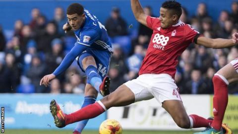 Birmingham City striker Che Adams came closest to putting Blues ahead before the break against Forest
