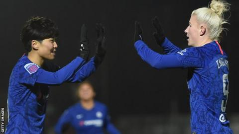 Bethany England of Chelsea celebrates with teammate Ji So-Yun