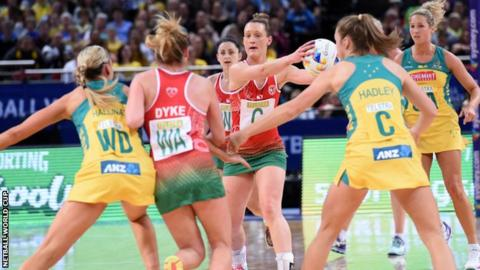 Wales found it hard to break through the Australia defence