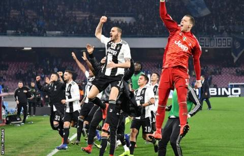 Juventus close in on eighth straight Scudetto after win over Napoli