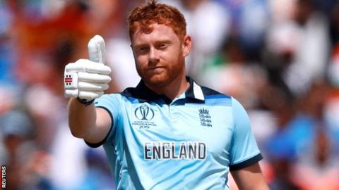 Jonny Bairstow puts his thumb up