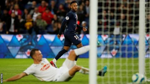 the latest f2f27 26fb8 Paris Saint Germain 4-0 Angers: Champions move clear at ...