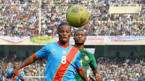 Tresor Mputu Mabi in action for DR Congo in 2013