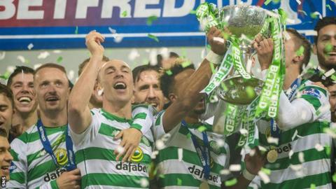 Celtic lift the Scottish Legue Cup