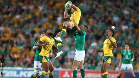 Ireland struggled to cope with the aerial dominance of Australian full-back Israel Folau in Brisbane