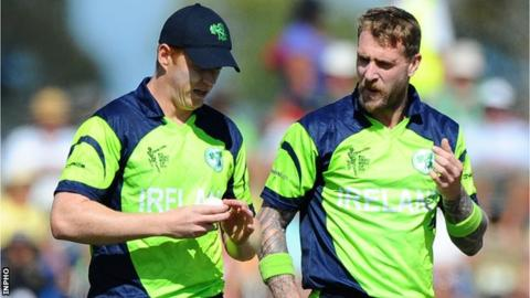Kevin O'Brien and John Mooney put on a 130 partnership to ensure a draw for Ireland against Zimababwe A in their four-day game