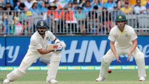 Australia v India: Virat Kohli stands firm for tourists in Perth