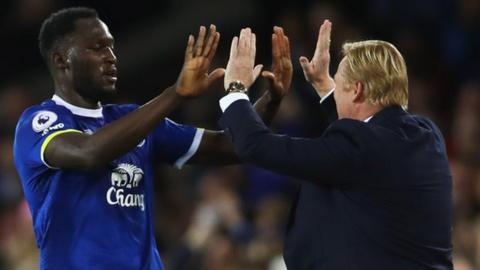 Lukaku high fives Koeman