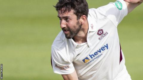 Ben Sanderson bowls for Northants