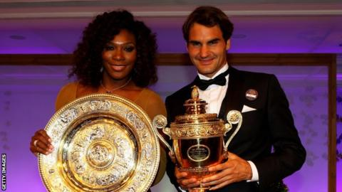 Serena Williams and Roger Federer with their Wimbledon trophies in 2012