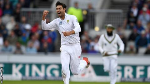 South African bowler Duanne Olivier