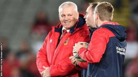 Warren Gatland set to become Chiefs head coach in Super Rugby
