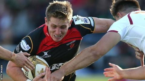 Matthew Pewtner in action for Newport Gwent Dragons