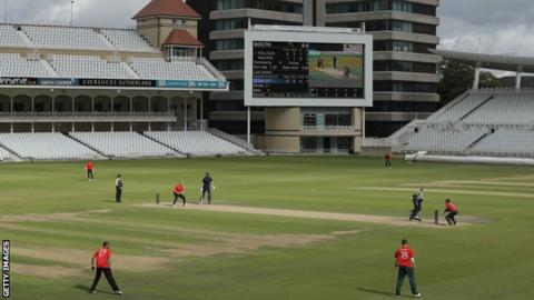 An ECB 100-ball competition pilot cricket match was held at Trent Bridge in 2018