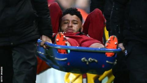 Alex Oxlade-Chamberlain returns to Liverpool's Champions League squad
