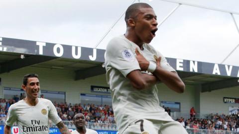 Kylian Mbappe celebrates his goal for Paris Saint Germain