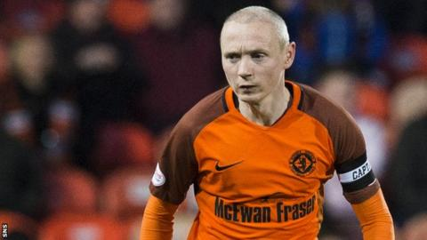 Willo Flood in action for Dundee United
