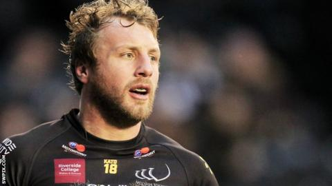 Widnes Vikings forward Chris Dean