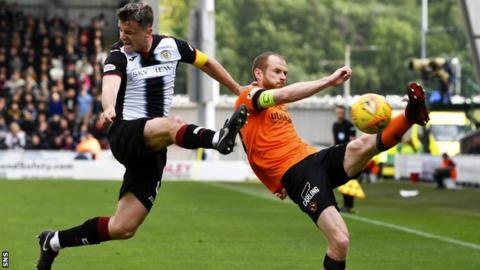 Fourth substitute allowed in extra-time in SPFL play-offs