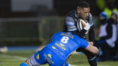 Ratu Tagive playing against Scarlets