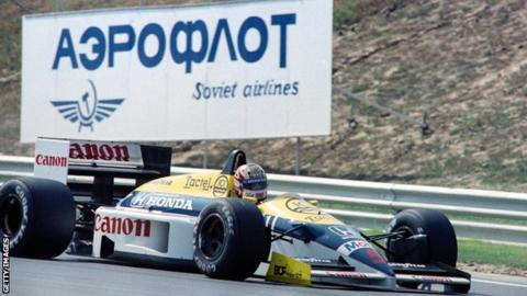 Nigel Mansell drives during the 1986 Hungarian Grand Prix