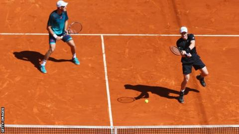Dominic Inglot and Andy Murray