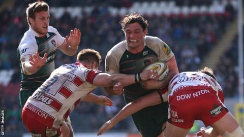 Dom Barrow in action for Leicester Tigers against Gloucester
