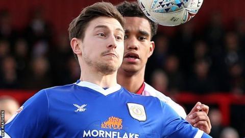 Shaun Miller in action for Crewe