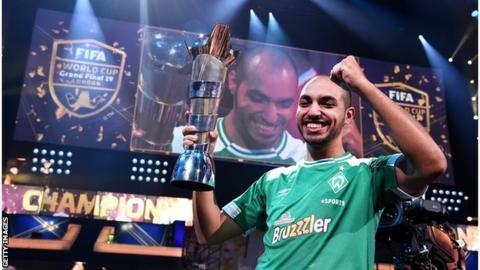 unikalny design największa zniżka dobra tekstura Fifa eWorld Cup: Mohammed 'MoAuba' Harkous crowned 2019 ...