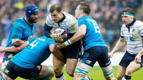 Tim Visser in action against Italy at Murrayfield