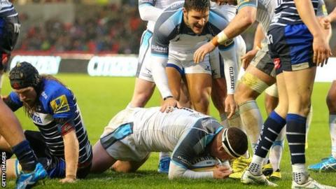 Newcastle prop Rob Vickers claimed the opening try at the AJ Bell Stadium