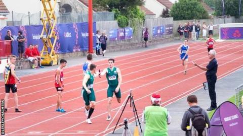 4x400m relay